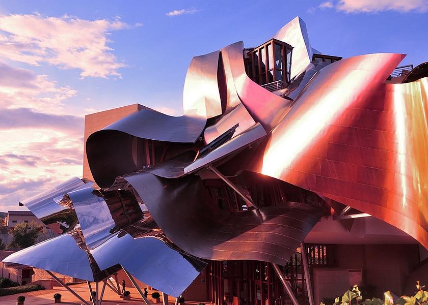 Vino, bodegas, Rioja Alavesa, Izki Golf, Ruta del Vino, Laguardia, Elciego, Marqués de Riscal, Gehry