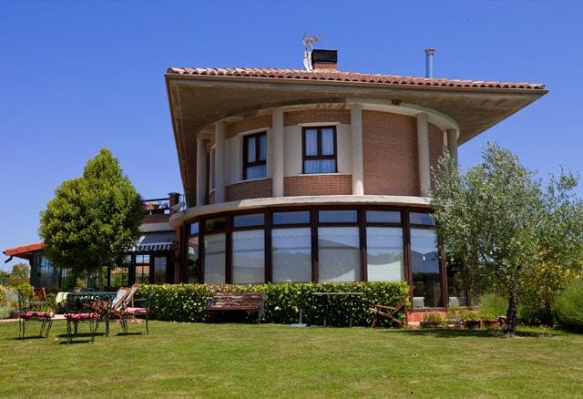 Hotel Urturi Golf junto al campo Izki Golf